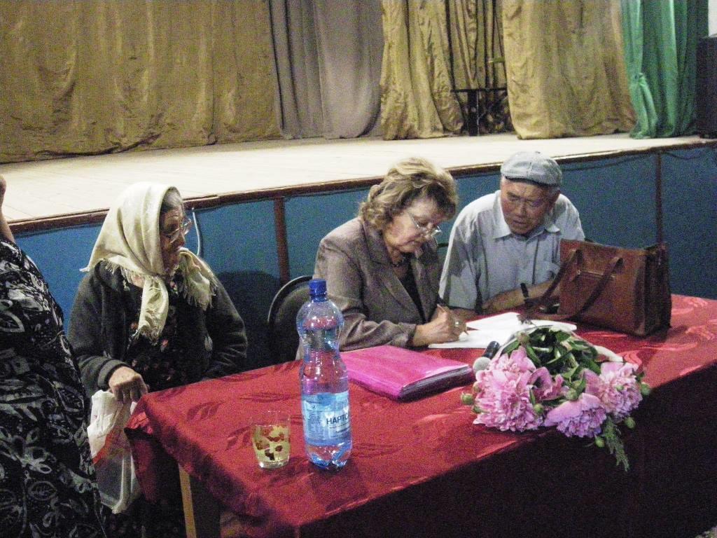 Общественные приемные Г.А. Зюганова проводят приём граждан в Саратовской области