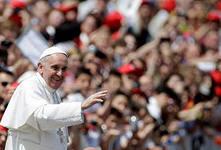 Хотели оскорбить Папу, а пропели хвалу марксизму