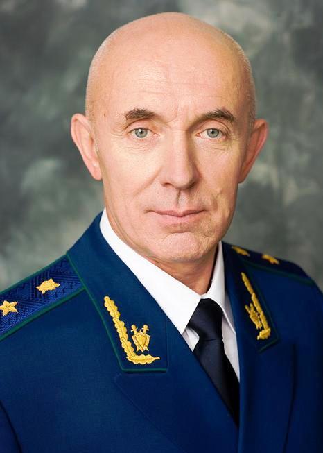 1428101942_ul-yanovskiiy-deputat-edinoross-sorval-vstrechu-kommunista-yu-p-sinel-shikova-so-studentami-ul-yanov