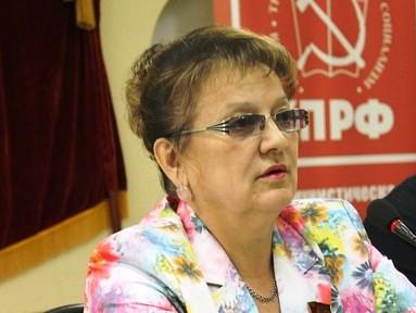 Ольга Алимова: Может быть, единоросам пора уже вспомнить, зачем они пришли во власть и заняться, наконец, работой?
