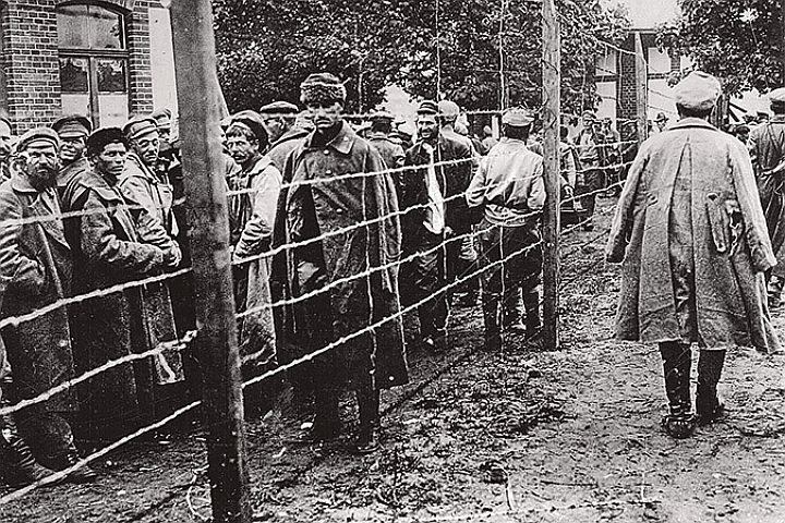 Газета «Правда». «Несмываемое пятно на чести польского народа и армии»