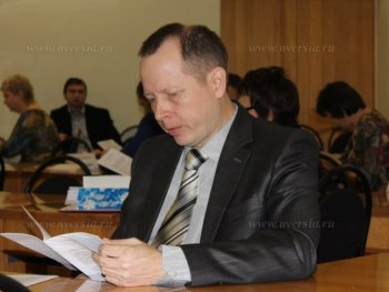 Депутат Есипов предложил сократить должности двух заместителей главы администрации Балаковского района