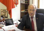 Валерий Рашкин провел акцию «Десять вопросов президенту»
