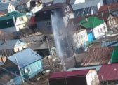 На Соколовой забил десятиметровый «коммунальный фонтан»