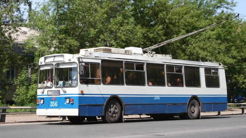 Суд обязал возобновить подачу энергии для трамваев и троллейбусов
