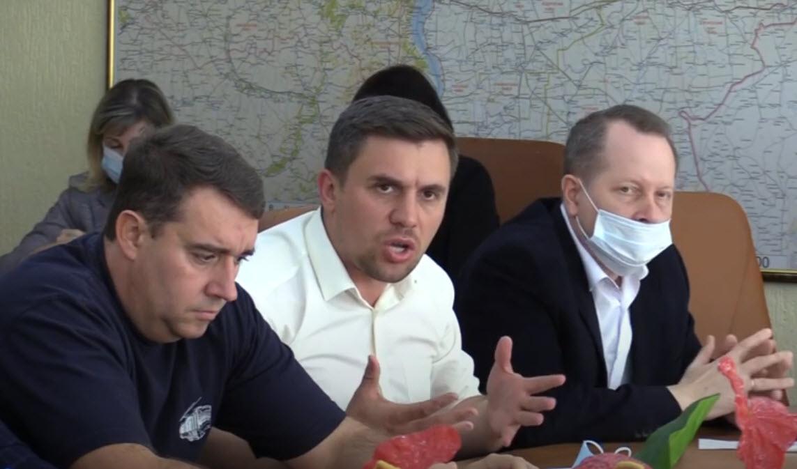 Депутаты-коммунисты против мизерных пособий детям