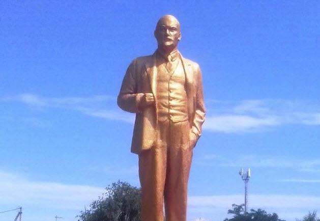 Новоузенск. Восстановлен памятник В.И.Ленину