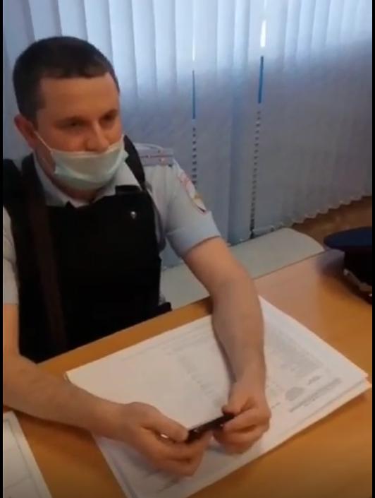 Саратовская полиция на страже «списков избирателей». Не даёт их даже членам комиссии с правом решающего голоса