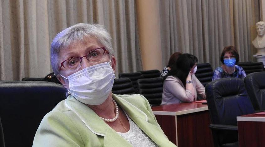 Санитарный врач заявила о росте числа пневмоний в Саратовской области и призвала штрафовать за отсутствие масок
