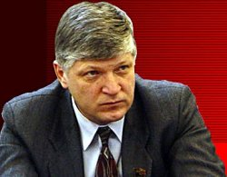 Депутат требует прекратить «вносить кучу законов» за час до заседания думы