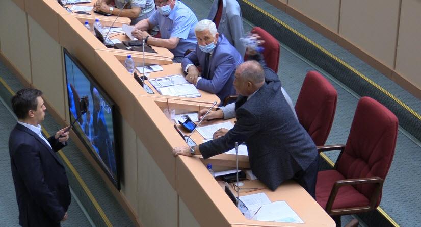 После нападения депутатов «ЕР» Николай Бондаренко обратился в Следственный комитет