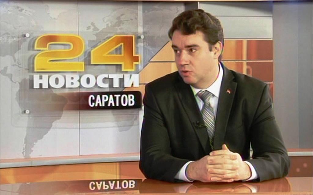 Первый секретарь Саратовского горкома КПРФ Александр Анидалов в телепередаче «Мнение политика» (24 декабря 2015 г.)