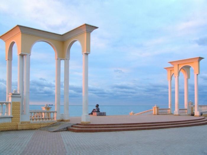С.П. Обухов: Главное — чтобы туристическая инфраструктура Крыма не досталась российским олигархам