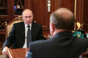 Г.А.Зюганов о сходстве позиций и противоречиях с В.В.Путиным: Есть общее во взглядах на международную политику, но что касается финансово-экономического курса страны, то мы расходимся