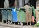 Почти 400 тысяч саратовцев живут за чертой бедности