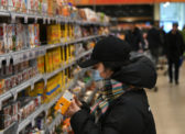 Поставщики предупредили о подорожании продуктов до 20% из-за пандемии