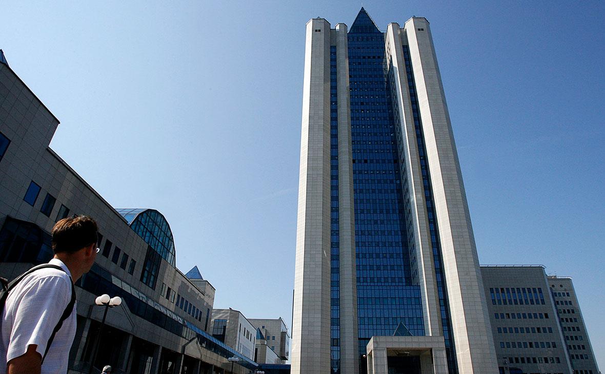 Доходы правления «Газпрома» выросли на треть на фоне убытков компании