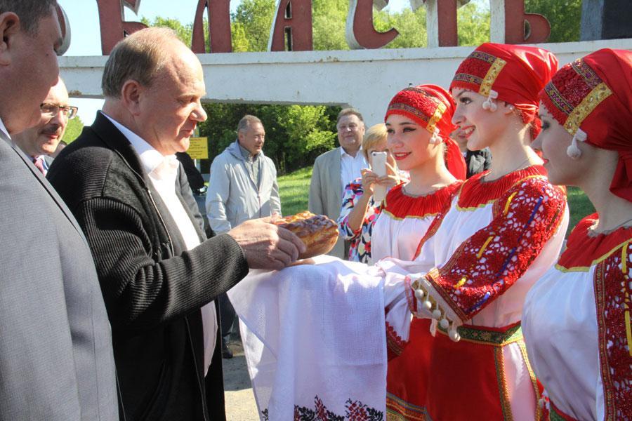 Г.А. Зюганов: Орловская область всегда отличалась грамотными кадрами, высоким чувством духа и патриотизма