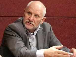 Автор доклада о победе КПРФ на парламентских выборах уволен с должности директора Центра проблемного анализа