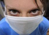В России ограничили оптовую и розничную продажу масок и перчаток