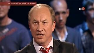 Валерий Рашкин поспорил об алкоголизме времен Брежнева
