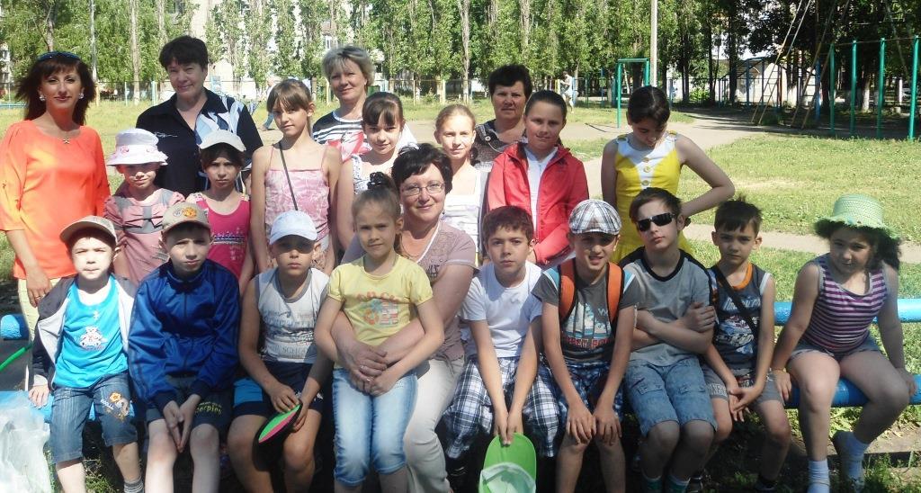 Балашовское отделение ВЖС «Надежда России» совместно с центром «Семья» провели веселый праздник в честь Дня защиты детей