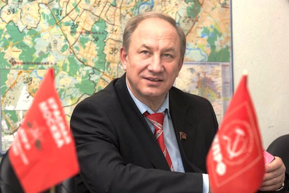 Валерий Рашкин предложил Минюсту разместить у себя всех должников, лишившихся единственного жилья