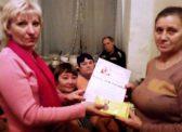Саратовская область. Активистки «ВЖС Надежда России» поздравили женщин с Днём матери