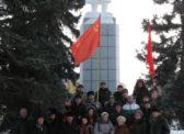 Энгельс. Возложение цветов к памятнику В.И. Ленину.