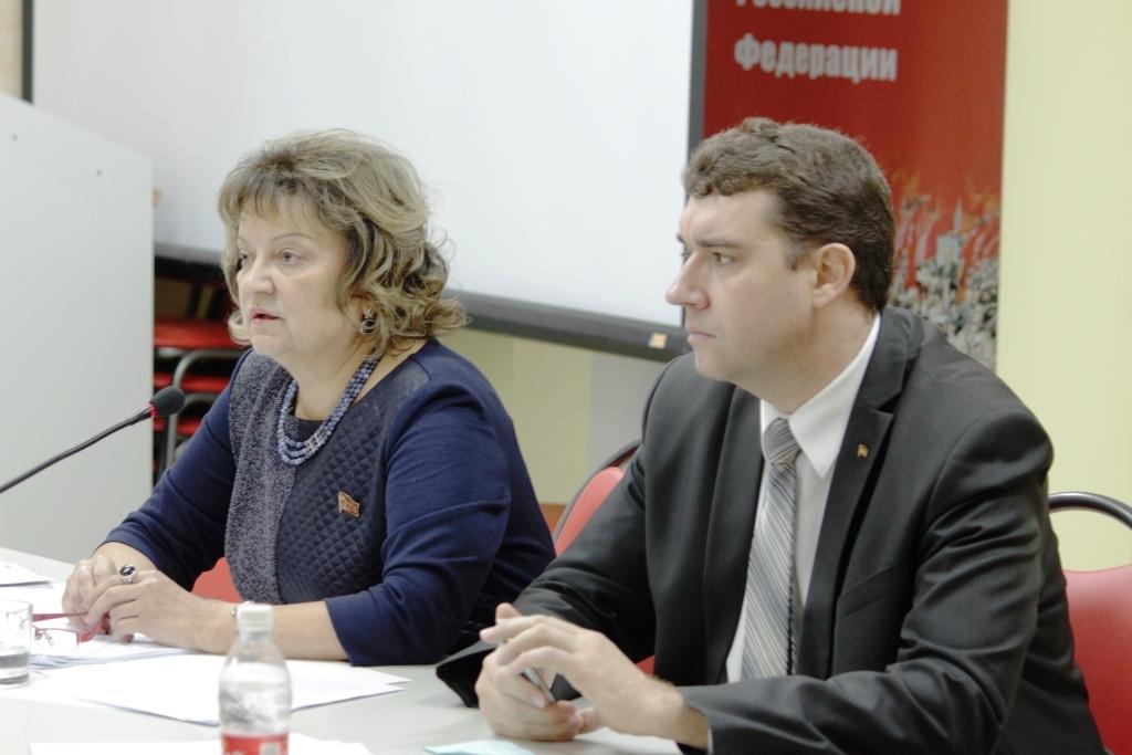 Пресс-конференция лидеров саратовских коммунистов