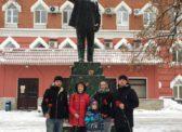 Коммунисты Фрунзенского райкома КПРФ возложили цветы к памятнику В.И. Ленину