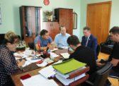 Зампред правительства Алексей Стрельников встретился с депутатами-коммунистами