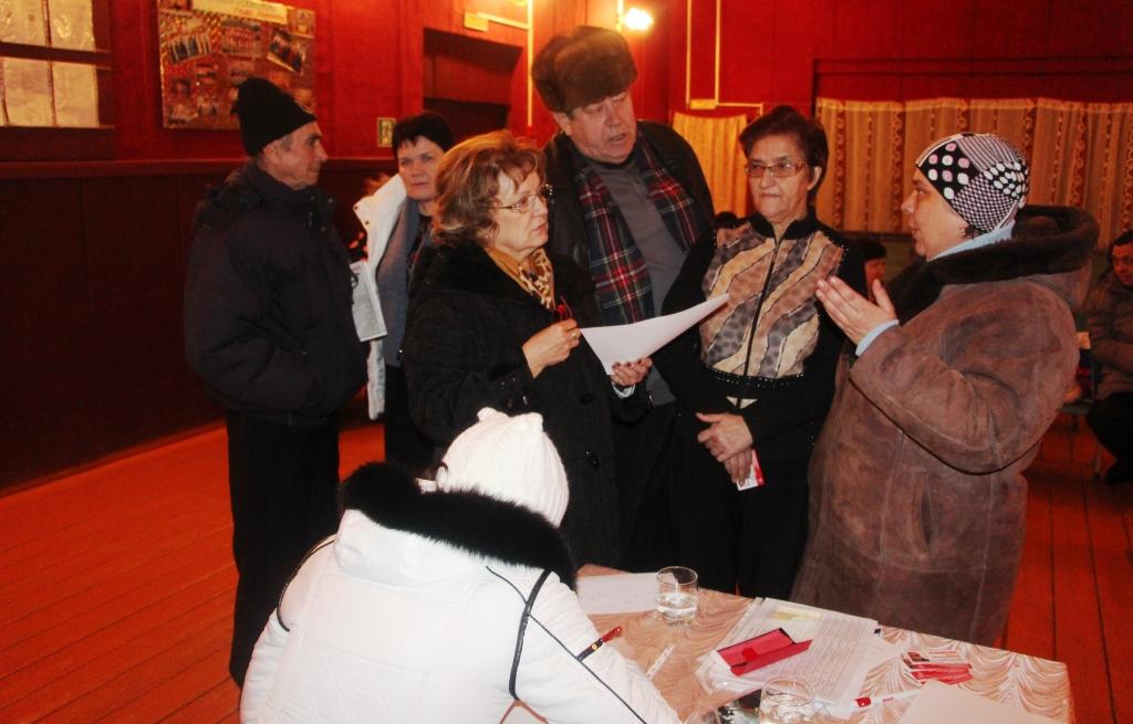Встреча депутата-коммуниста Ольги Алимовой с сельчанами