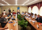 Коммунисты раскритиковали идею губернатора об изменении структуры правительства.