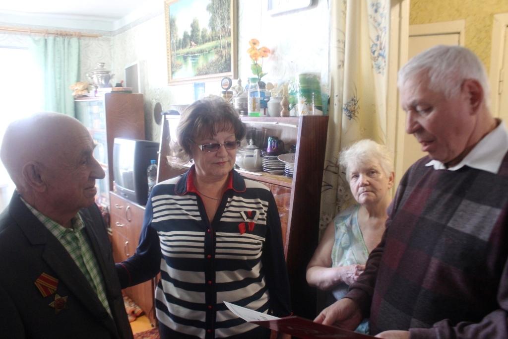 Ольга Алимова встретилась с балашовскими ветеранами