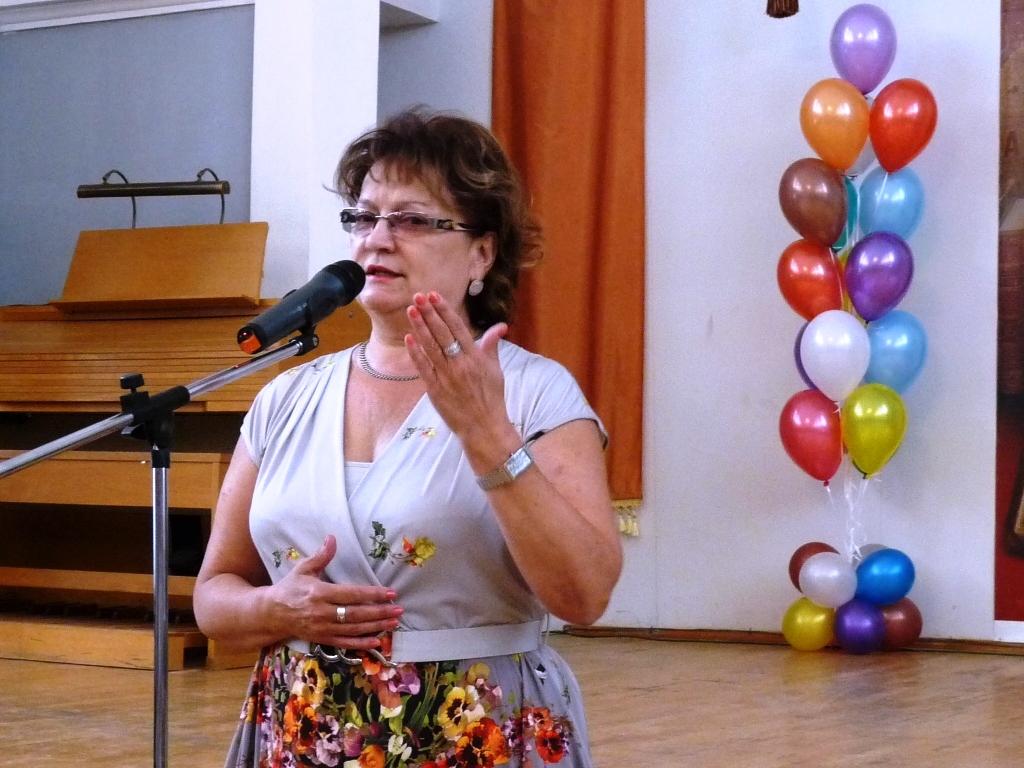 Ольга Николаевна Алимова поздравила студентов Саратовского областного училища  искусств с праздником — Днем знаний