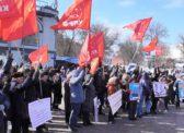 Саратовцы отметили День Советской Армии и Военно-Морского Флота