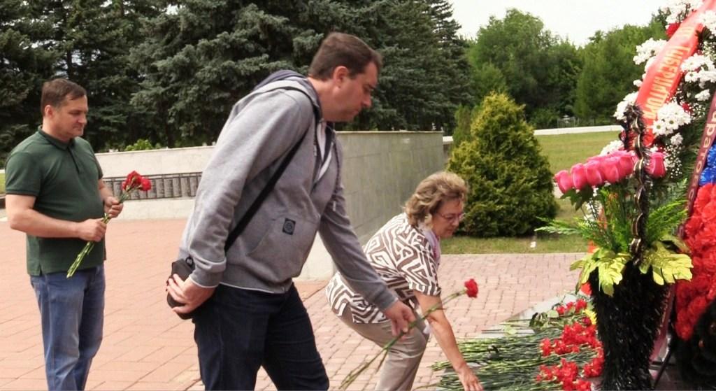 Никто не забыт. Возложение цветов 22 июня