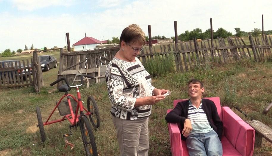 Ольга Алимова помогла инвалиду