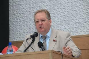 С.П. Обухов считает вступление олигарха Потанина в клуб «Клятва дарения» попыткой легализовать часть своих капиталов на Западе