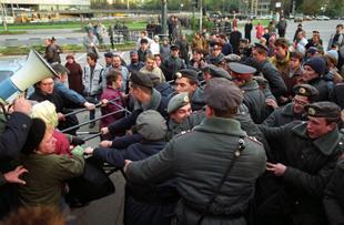 Публицист Александр Евдокимов: События в Москве после издания ельцинского указа 1400 были очень похожи то, что сейчас происходит на востоке Украины