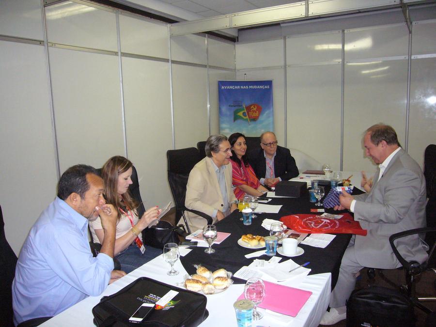 В.Ф. Рашкин выступил на XIII отчётно-выборном съезде Коммунистической партии Бразилии