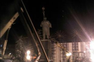 В.Ф. Рашкин о демонтаже памятника В.И. Ленину в Белгороде: «Тёмная власть проворачивает свои дела в тёмное время суток, как жулики и воры»