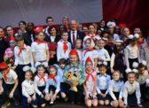 «Мы сильны нашей верною дружбой». В Москве прошел праздничный концерт, посвященный 100-летию Ленинского комсомола