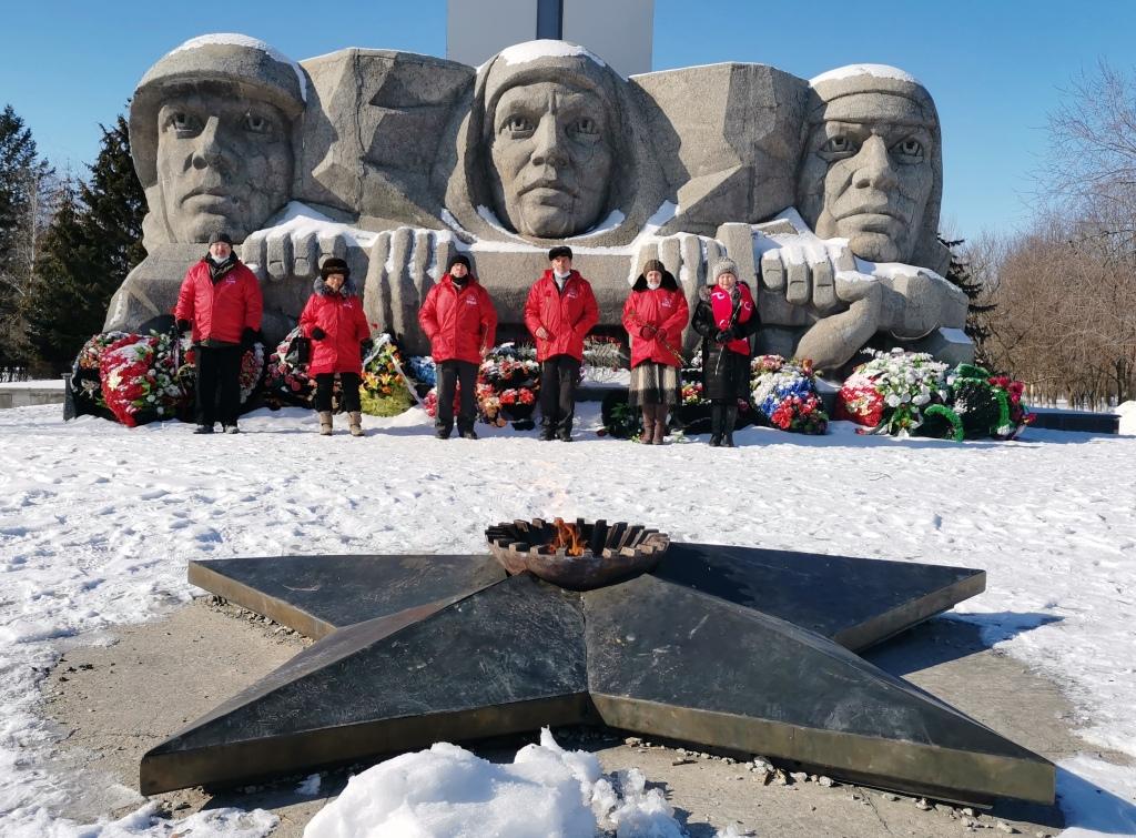 Возложение цветов к Монументу Славы 23 февраля 2021 года. г. Балашов