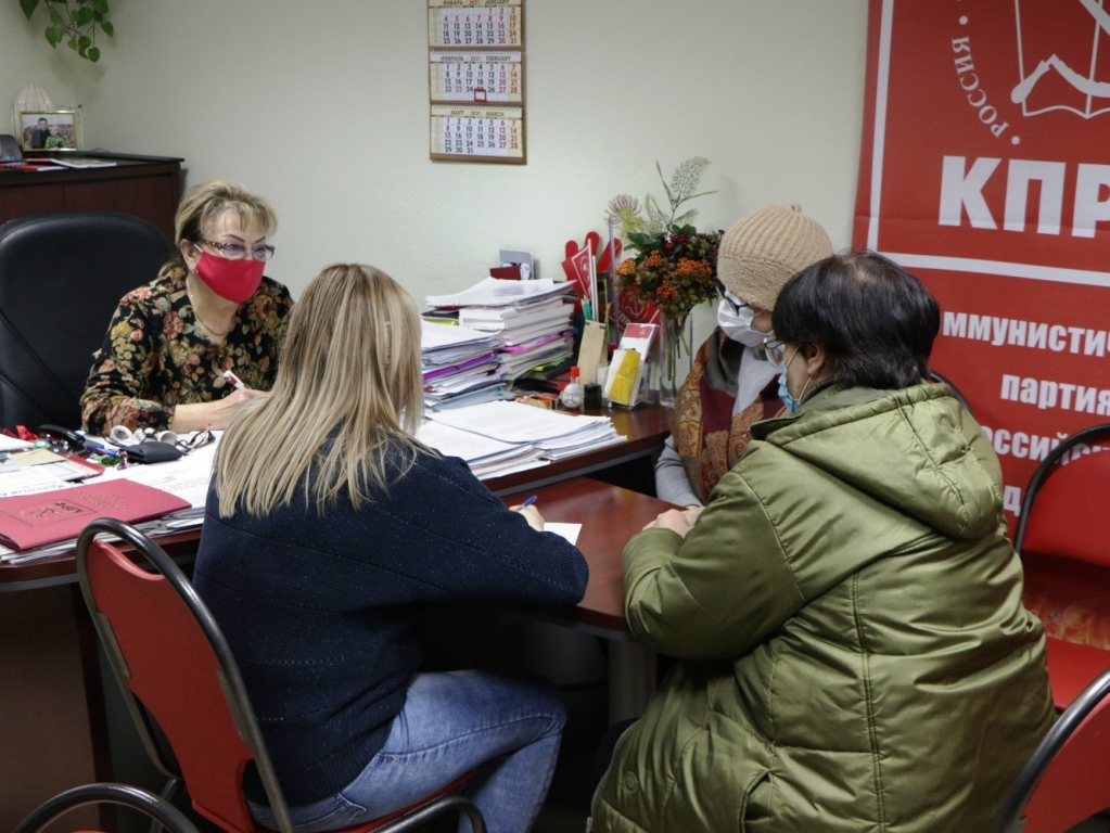 Для депутата-коммуниста Ольги Алимовой региональная неделя выдалась жаркой