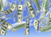 «Деньги с неба»: Средство спасения или оружие?
