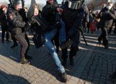 Власть испугалась протестов из-за кризиса и грозит давать недовольным по 10 лет
