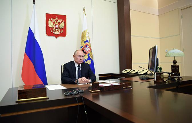 Если рейтинг Путина продолжит падение, нас ждут весёлые времена— с дубинками и росгвардией