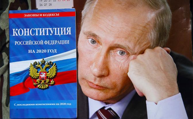 Кремль застеснялся пожизненного Путина